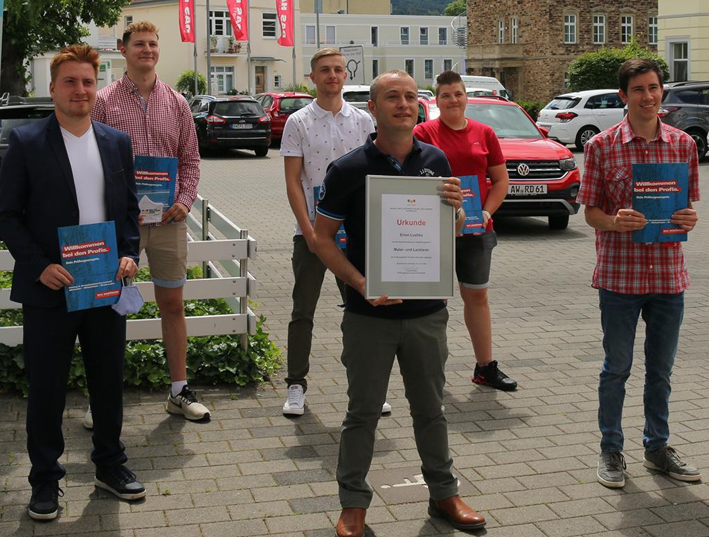 Malerinnung Ahrweiler gratuliert dem Jahrgangsbesten Erion Lushka